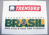 Logotipo Em Mosaico Do Governo Federal E Trensurb - Rs